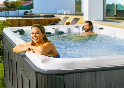 swim-spa-hudson-couple-fun